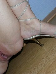 amateur wife uses strap-on on girlfriend tumblr