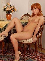 amateur nude girlfriend bath hairy