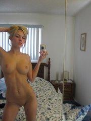 amateur girlfriend playing boyf cock